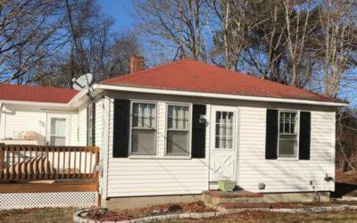 New  2 Bedroom Listing in Falmouth!